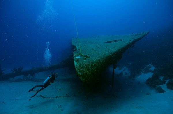 Bonaire Wreck Diving